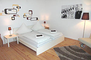 hotelzimmer mit k che in berlin top apartment berlin. Black Bedroom Furniture Sets. Home Design Ideas