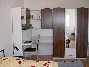 voll eingerichtete gem tliche zwei zimmer wohnung berlin mitte. Black Bedroom Furniture Sets. Home Design Ideas