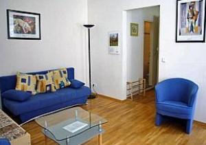 ferien wohnung mit 2 zimmern im zentrum berlin mitte. Black Bedroom Furniture Sets. Home Design Ideas